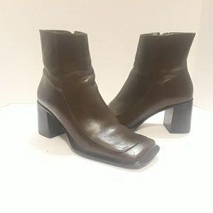 DIBA- LODEN LEATHER ANKLE BOOTIE